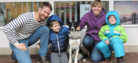 Pestrá společnost vychovala prvního asistenčního psa pro chlapce s autismem