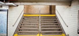 Newyorské metro je fenomén. Ne však pro vozíčkáře