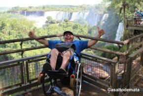 Svět není bezbariérové obchodní centrum, říká španělský cestovatel na vozíku