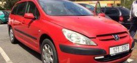 Prodej skútru a upraveného auta